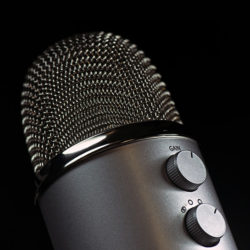 The New Expert Platform: Using Podcast Interviews For Thought Leadership Marketing